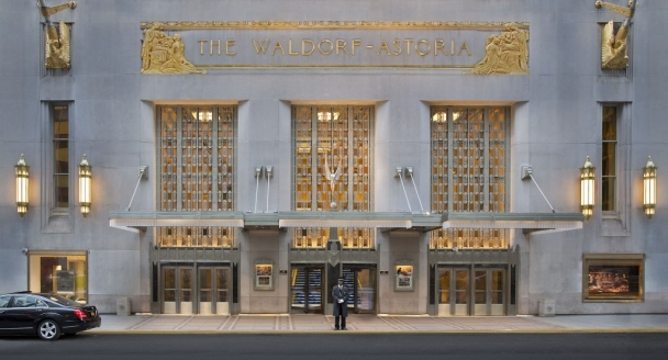 Waldorf Astoria Park Avenue Entrance
