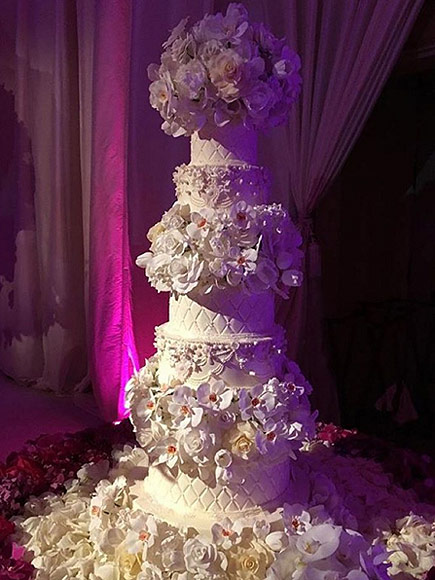 Sofia-Vergara-Joe-Manganiello-Wedding-cake B